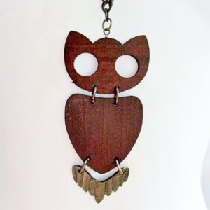 Jewelry - Vintage 1970s WOOD NIGHT BIRD OWL Necklace